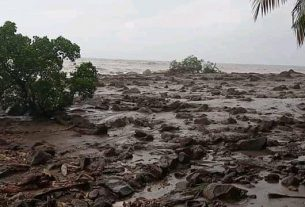 Situasi pascabanjir bandang yang menerjang Kabupaten Lembata pada Minggu (4/4). Foto : BPBD Kabupaten Lembata, NTT.