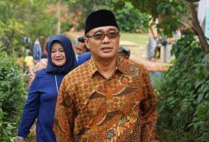 Politisi Kabupaten Bandung, Dadang Rusdiana, yang dikabarkan meninggal dunia, Minggu 4 April 2021. Foto : Instagram/@dadangrusdiana67)